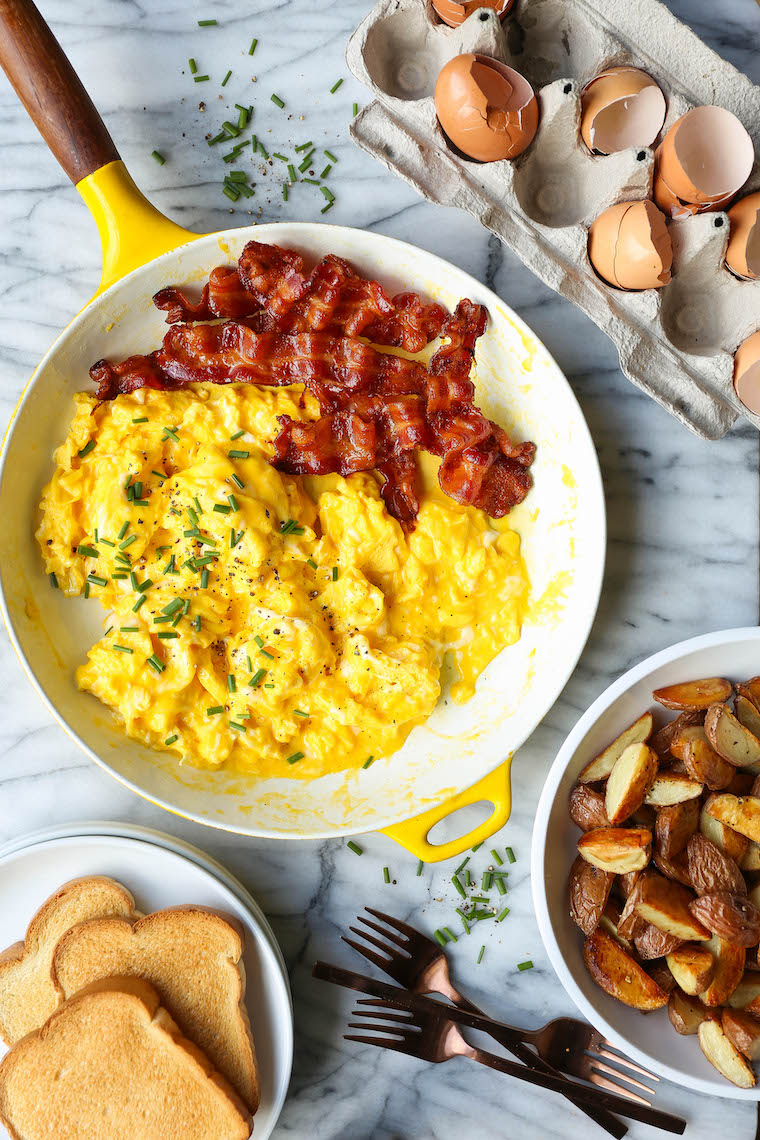 How to Make Scrambled Eggs - The ONLY WAY to make your scrambled eggs! Moist, fluffy, and evenly cooked. Never dry, never rubbery. SO SO GOOD + fool-proof!