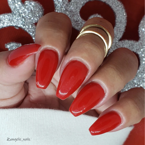Glossy Red Manicure